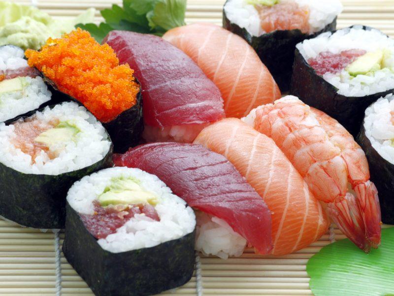 sushi-354628_1920